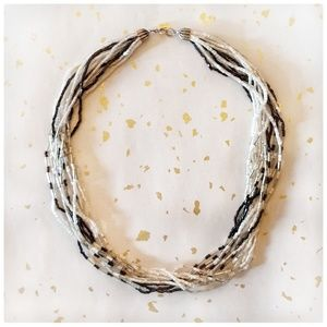 Jewelry - vintage 1980's bugle bead necklace